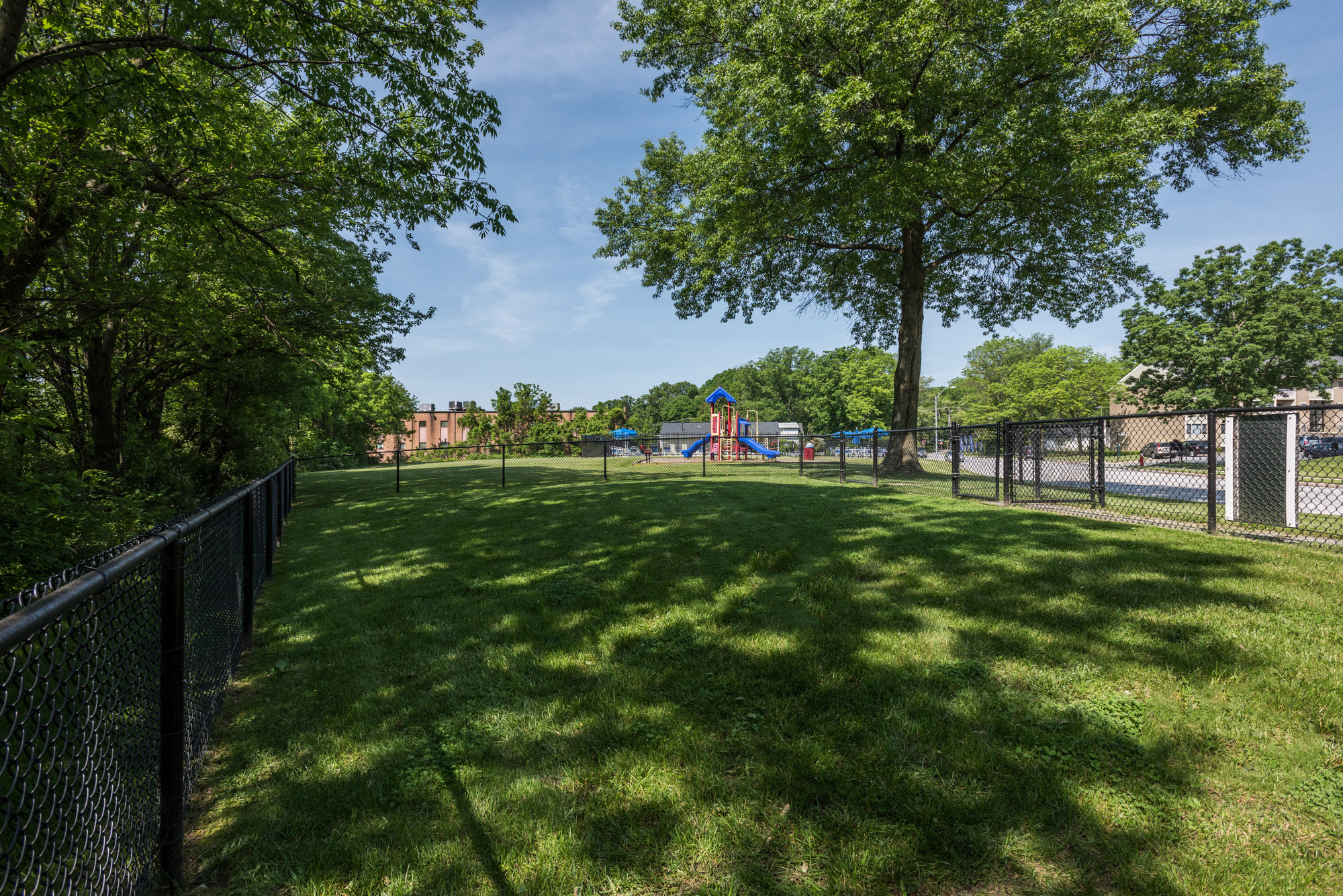 Satyr Hill Apartments in Parkville, MD - Dog Park