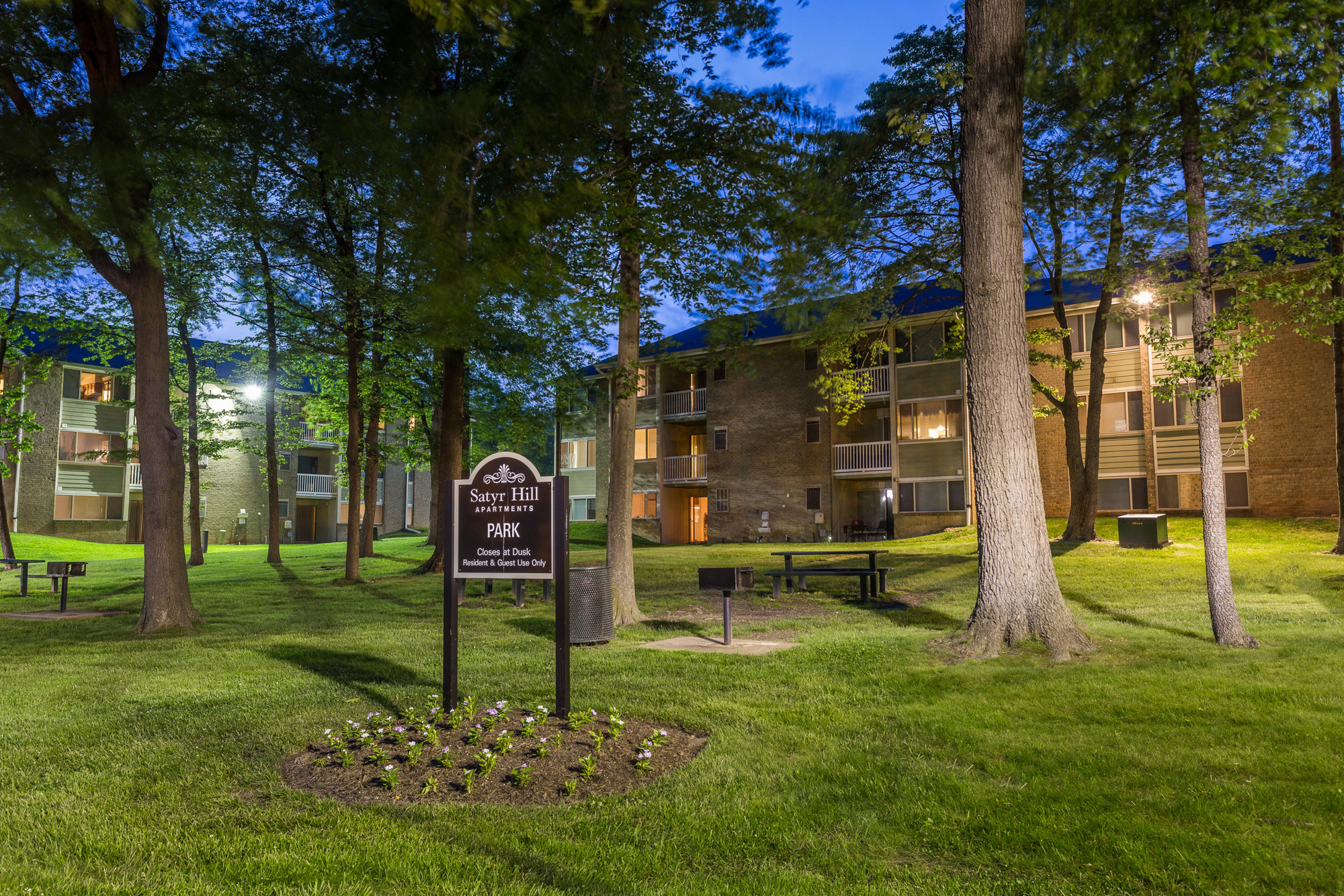 Satyr Hill Apartments in Parkville, MD - Outdoor Grilling Areas