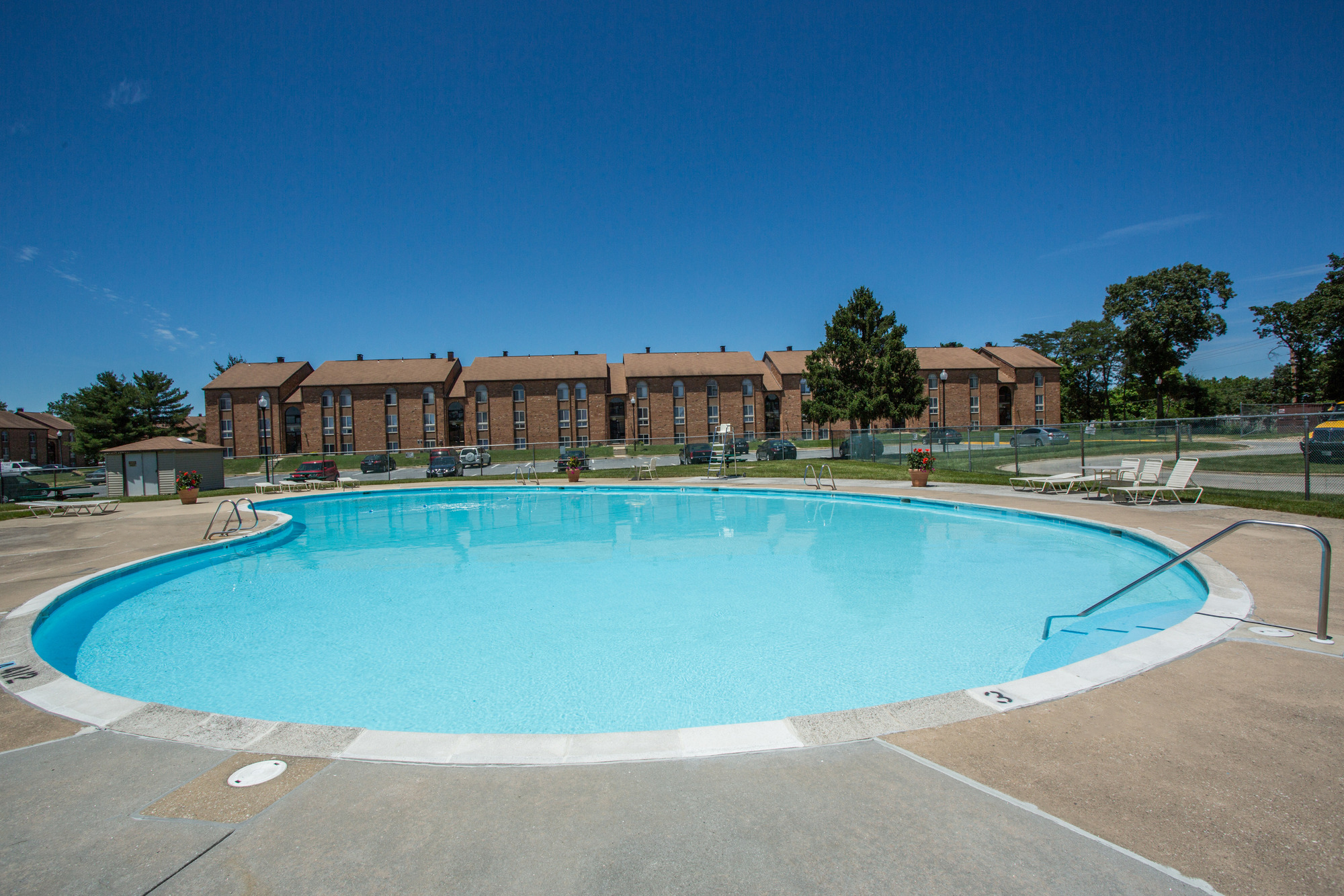 Tuscany Gardens Apartments in Windsor Mill, MD - Swimming Pool