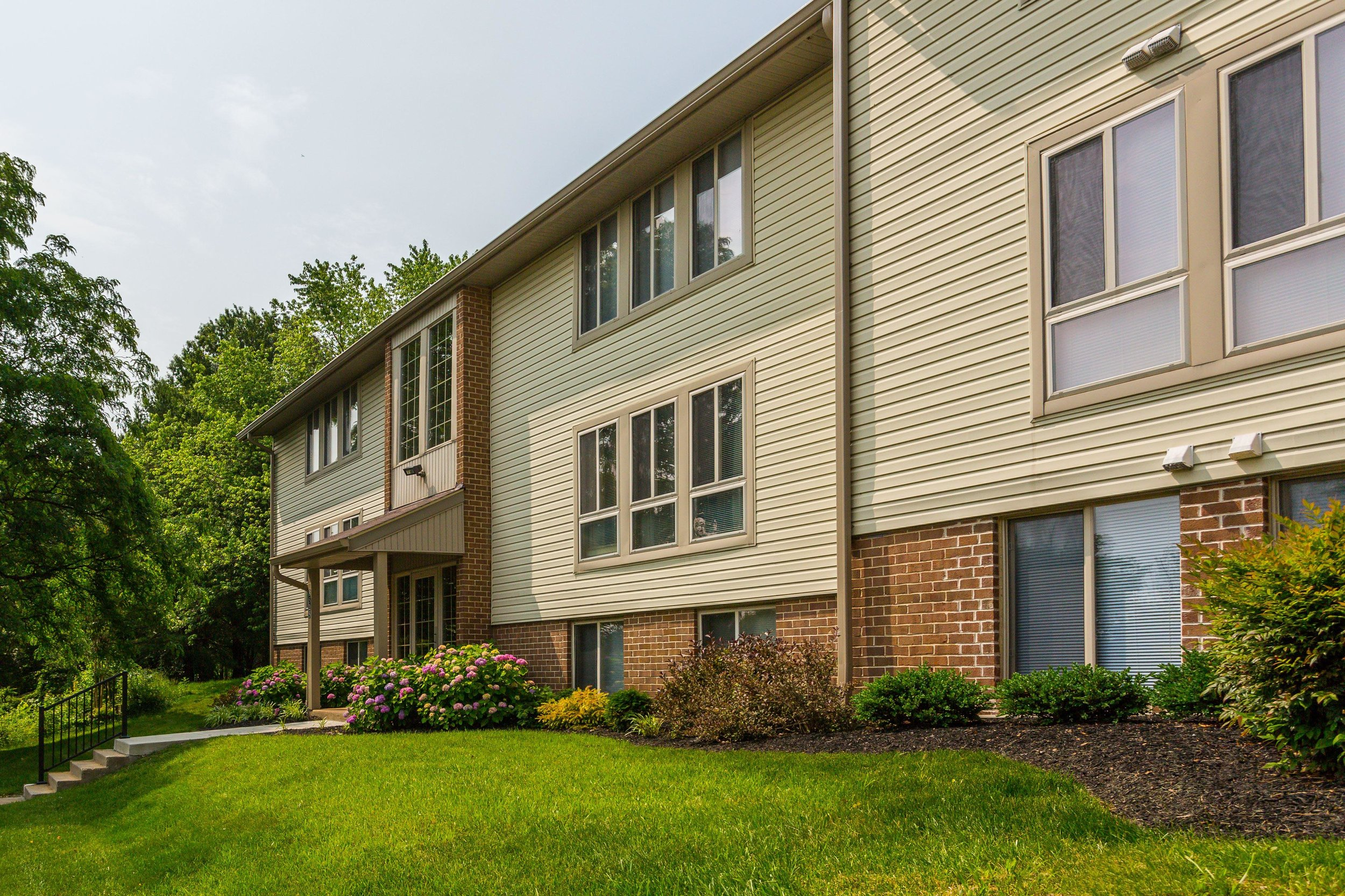 Beautiful Hallfield Apartment Community in Perry Hall, MD
