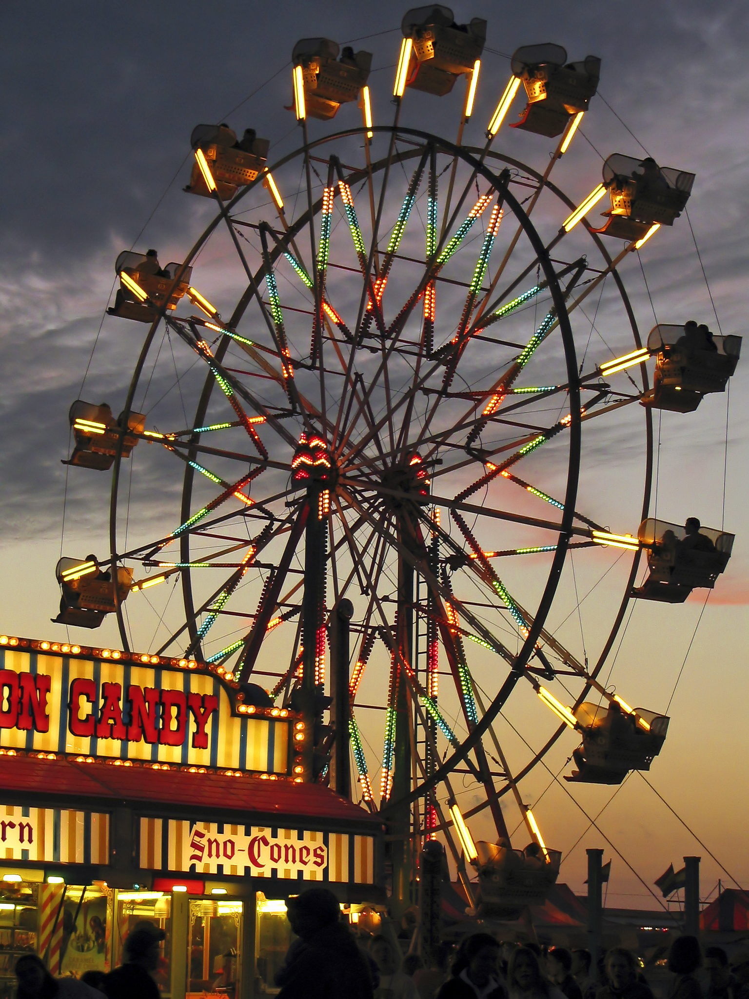 bigstock-Ferris-Wheel-Sunset-1111605.jpg