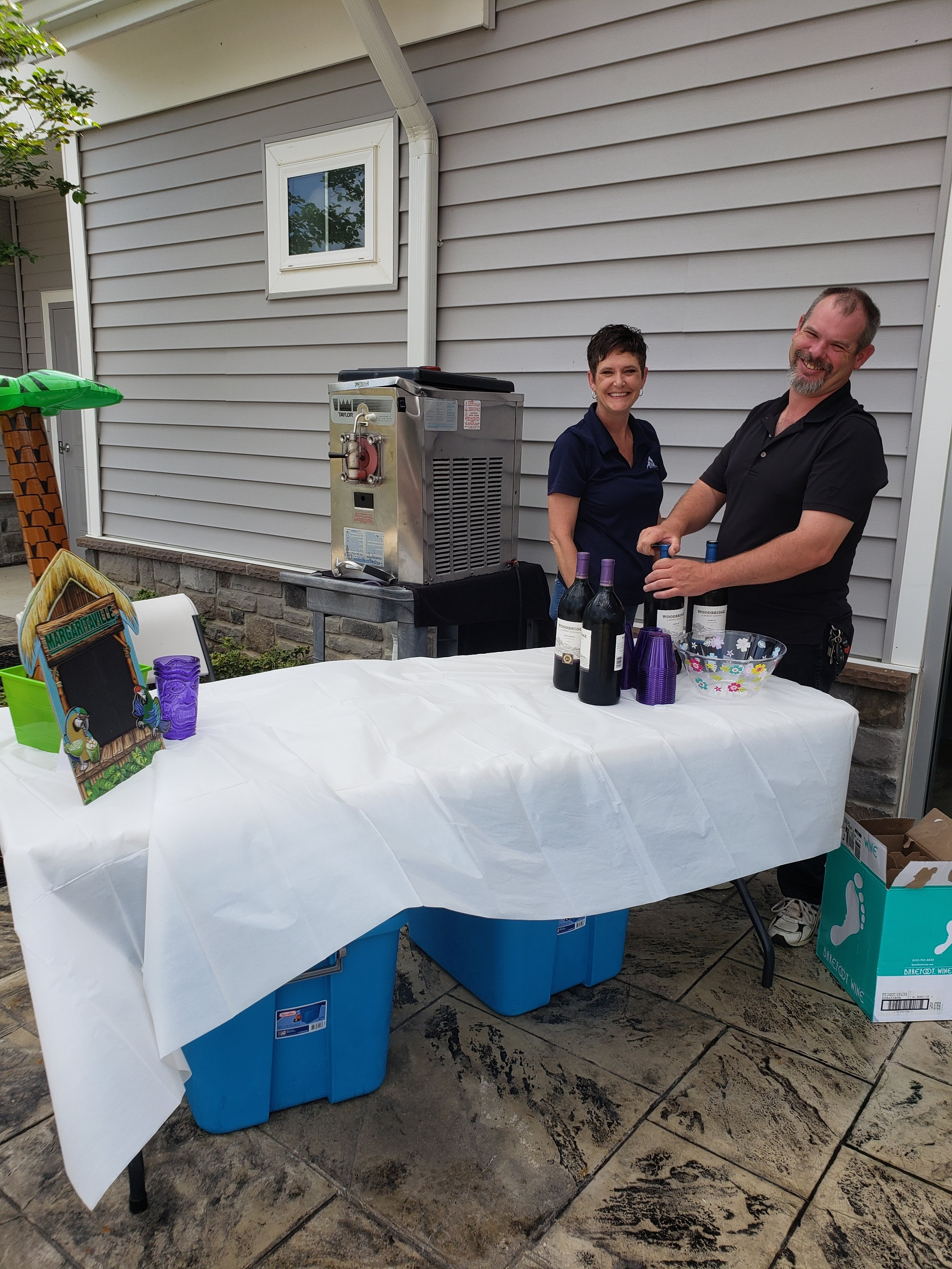 2019 Avanti Apartments Pool Party - Our Team Setting Up