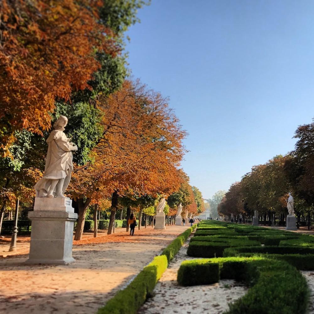 Autumn is beautiful at Retiro Park.