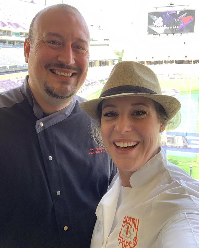 Just got my chef coat selfie with @benmerritt76 📸 No big deal, he's only won Fort Worth's Top Chef AND 🔪Chopped🔪 on the @foodnetwork! Honored to be serving pops with him today in the South End Zone Club at the @texaschristianuniversity #amoncarterstadium for #gameday!! @tcufootball #beatSMU #gofrogs @tcualumni @tcu_athletics #allnatural #frozenpops #chef #selfie