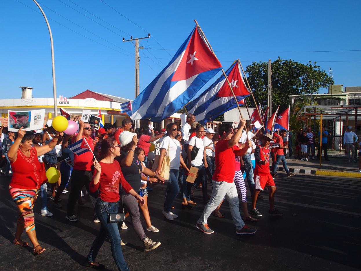 Varadero-May-Workers-Day-parade-flags.jpg