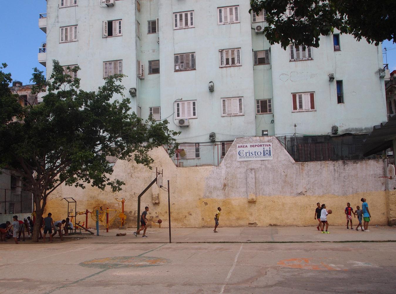 Cuba-Havana-Kids-Basketball-court.jpg
