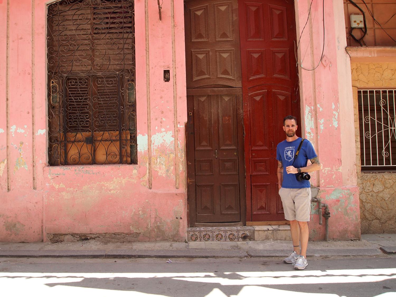 Cuba-Havana-Street-Pink-Building-Tile-B