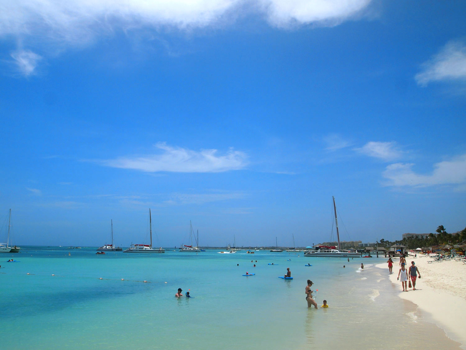 Aruba-Palm-Beach-calm-water-for-kids.jpg