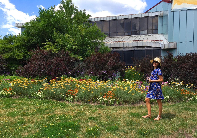 Montreal-Botanical-Garden-Insectarium-Building.jpg