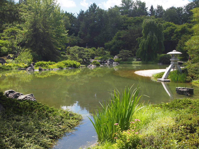 Montreal-Botanical-Garden-Japanese-Garden.jpg