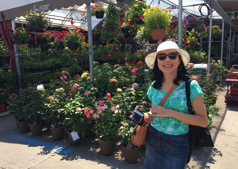 Montreal-Jean-Talon-Market-Flowers.jpg