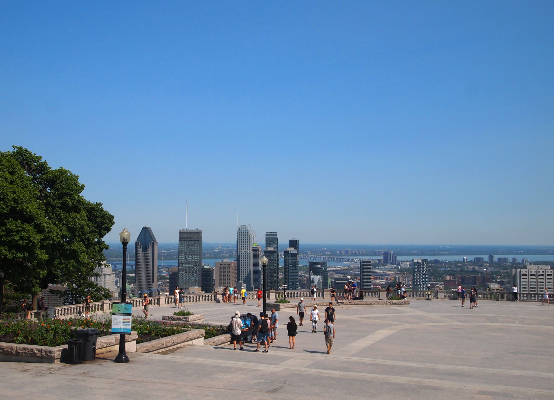 Montreal-View-Mont-Royal-Kondiaronk-Belvedere-2.jpg