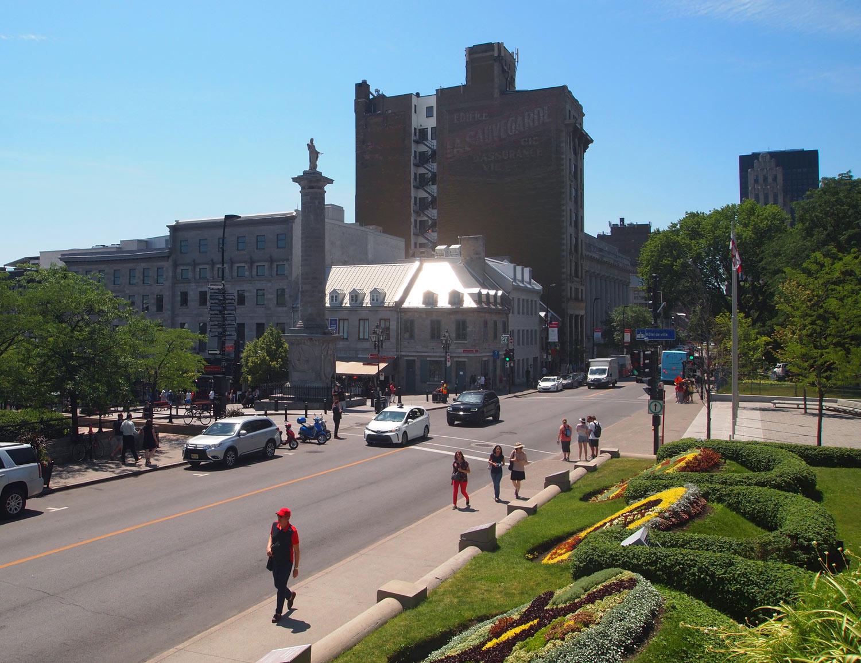Montreal-Nelson's-Column-Notre-Dame-St.jpg