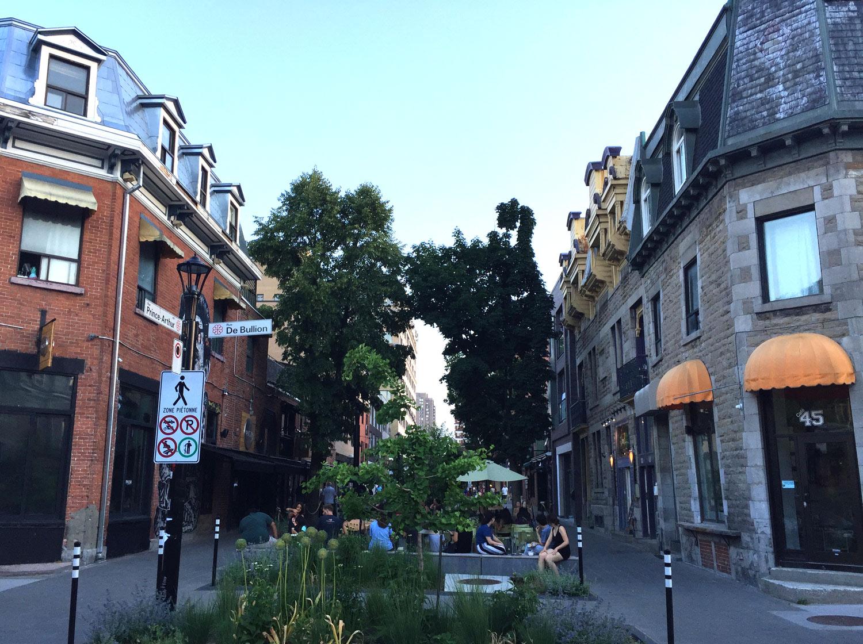 Montreal-Prince-Arthur-Street-Pedestrian-Zone.jpg