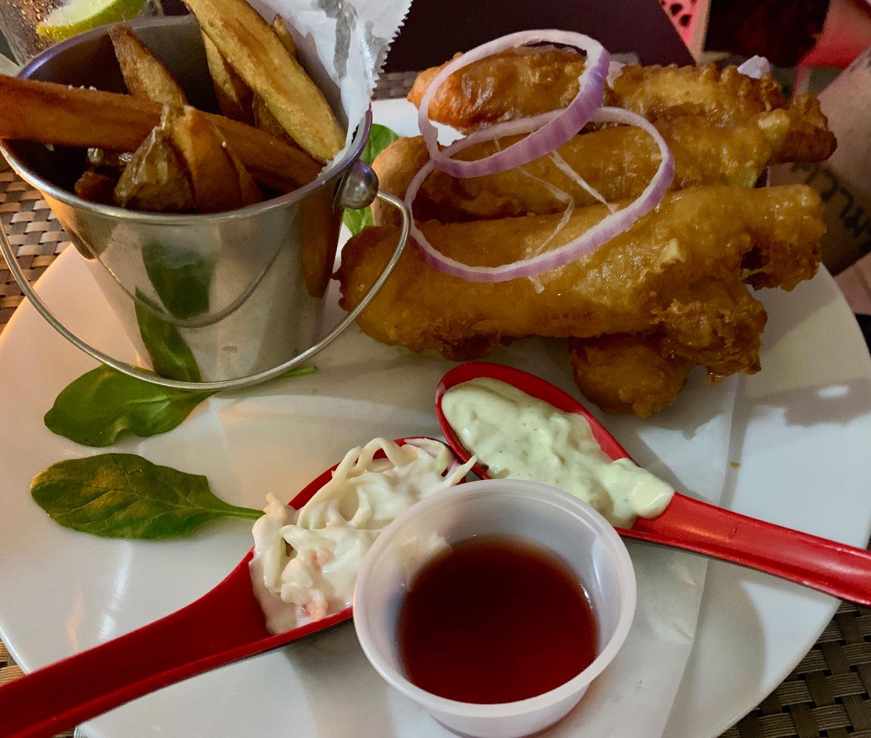 Saint-Martin-Restaurant-Bar-Code-Fish-Chips.jpg