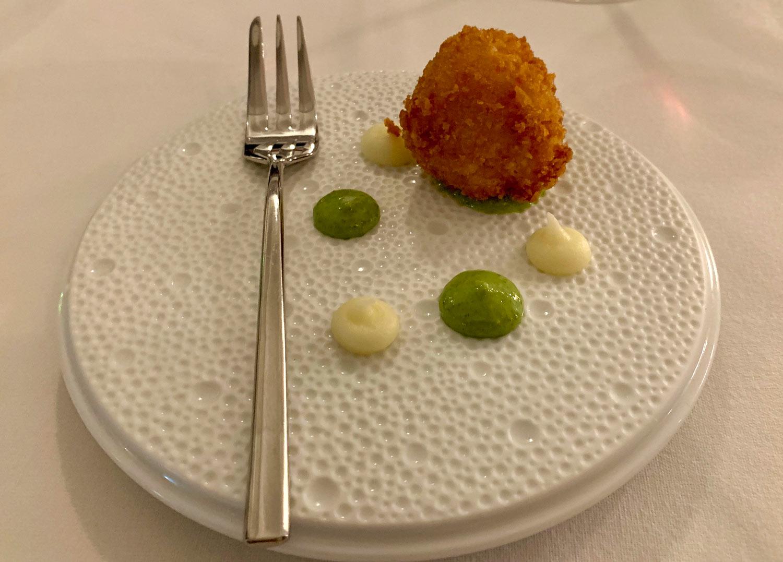 Saint-Martin-Restaurant-La-Samanna-L'oursin-amuse-bouche.jpg
