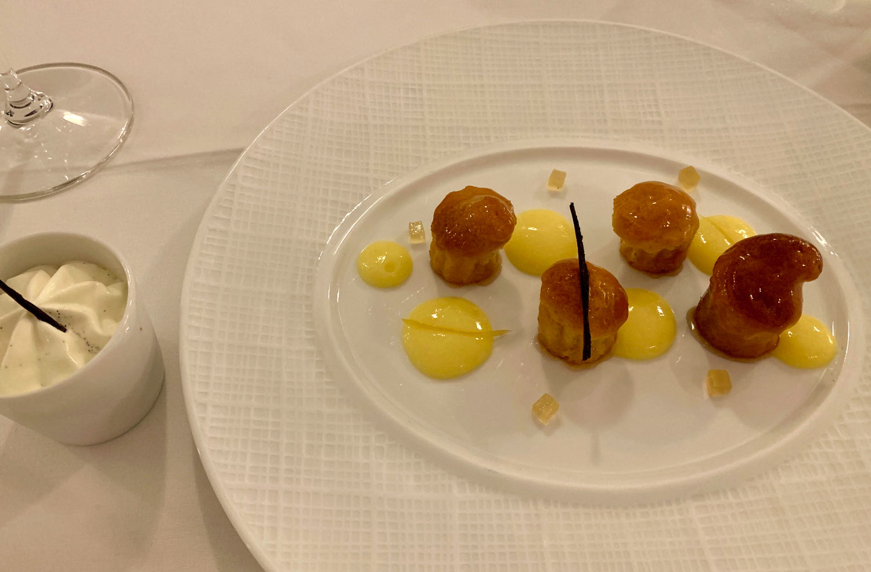 Saint-Martin-Restaurant-La-Samanna-L'oursin-Dessert-Baba-Au-Rhum.jpg