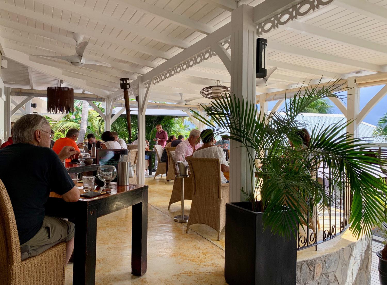 Saint-Martin-Restaurant-Sol-e-Luna-terrace-dining.jpg