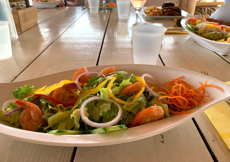 Saint-Martin-Pinel-island-Yellow-Beach-restaurant-shrimp-salad.jpg