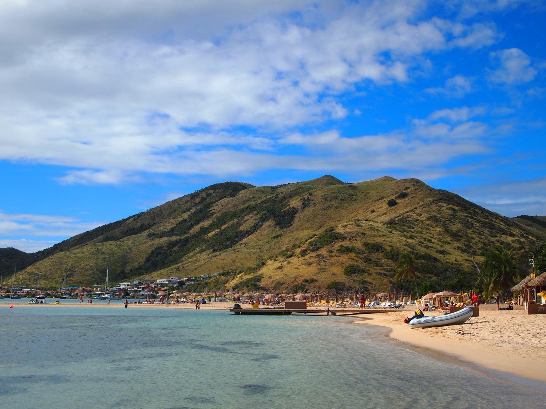 Saint-Martin-Pinel-Island.jpg