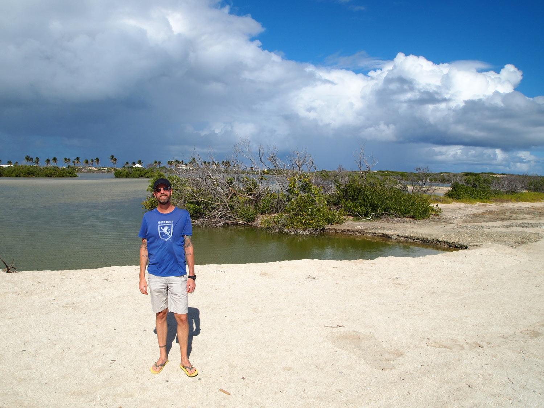 Saint-Martin-Le-Galion-beach-salt-pond-saline.jpg