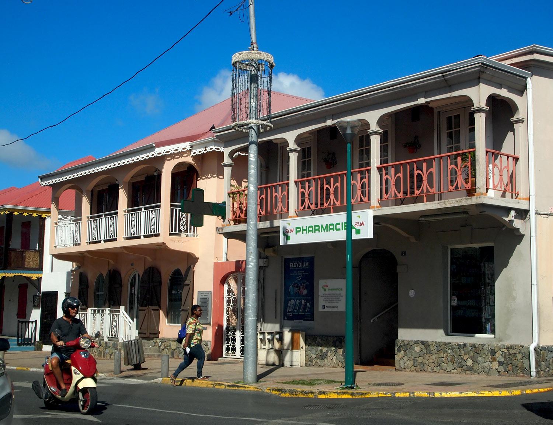 Saint-Martin-Marigot-Sun-Pharmacy.jpg