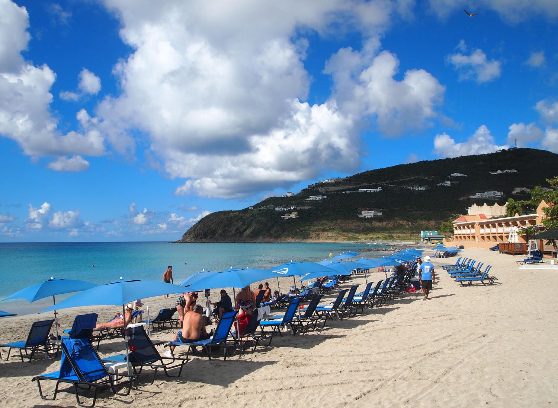 St-Martin-Divi-Little-Bay-Beach.jpg