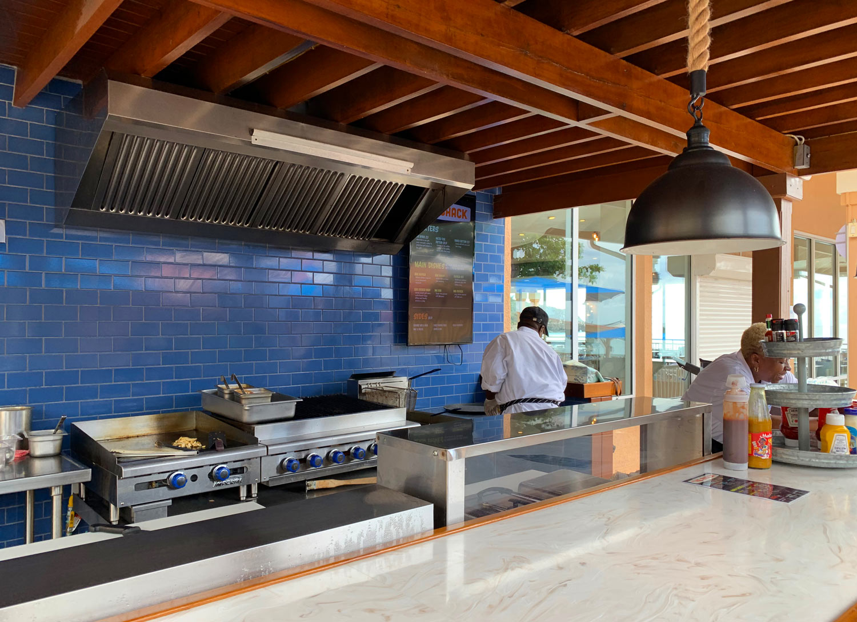 Saint-Martin-Divi-Little-Bay-Beach-Shack-Restaurant.jpg