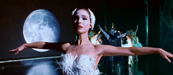 Following lukewarm reception to his  Requiem for a Dream  and  The Wrestler,  Darren Aronofsky at last won over the Academy with his horrifying  Black Swan .