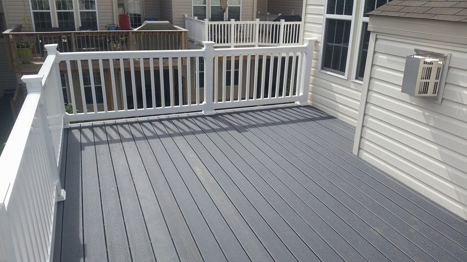 Winchester Gray Decking with White Railings