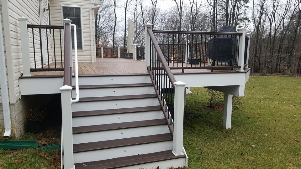 Side staircase with LED lights with Trex Decking and Timbertech Railings