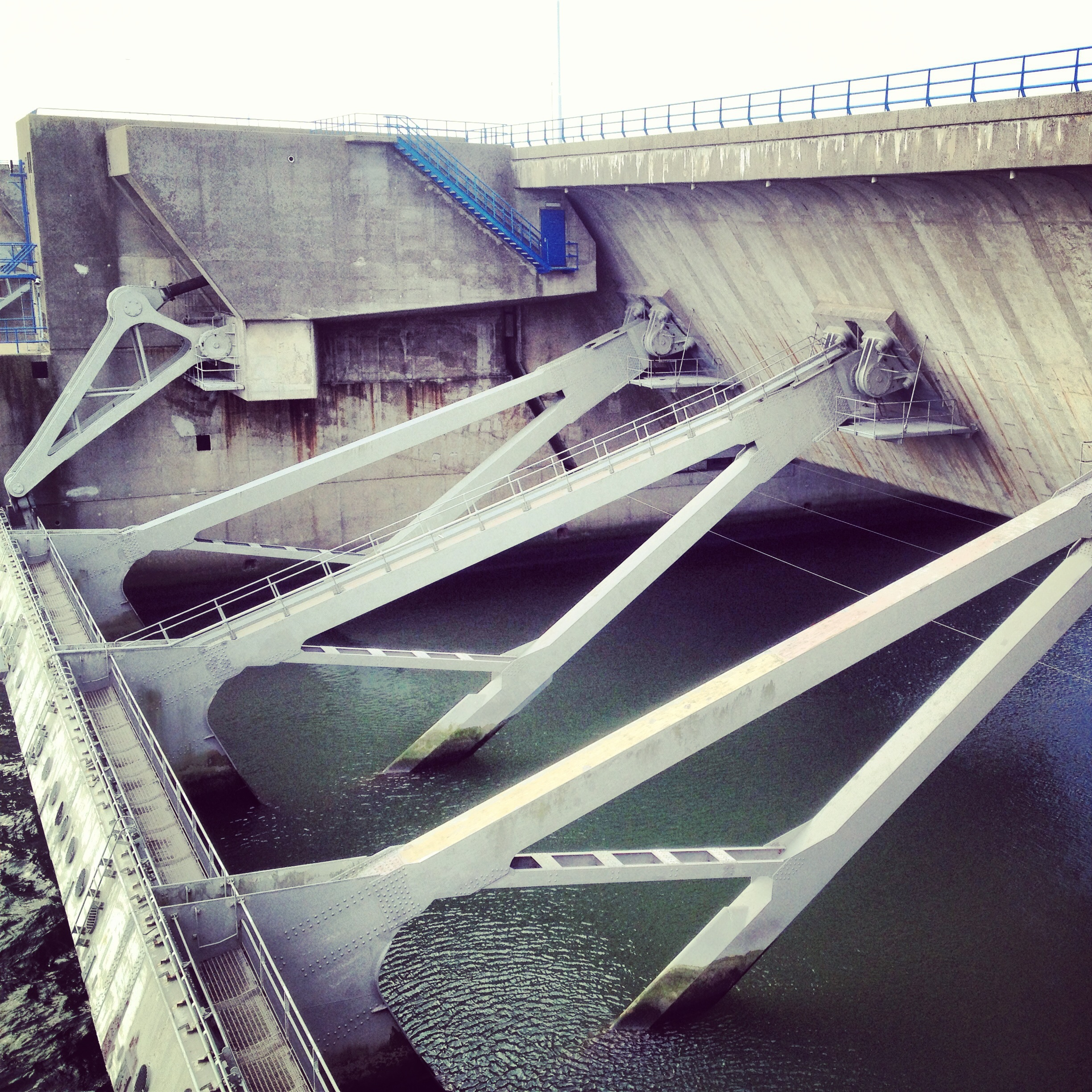 The massive truss that keeps the water out at Haringvliet Dam: photo by Arlen Stawasz