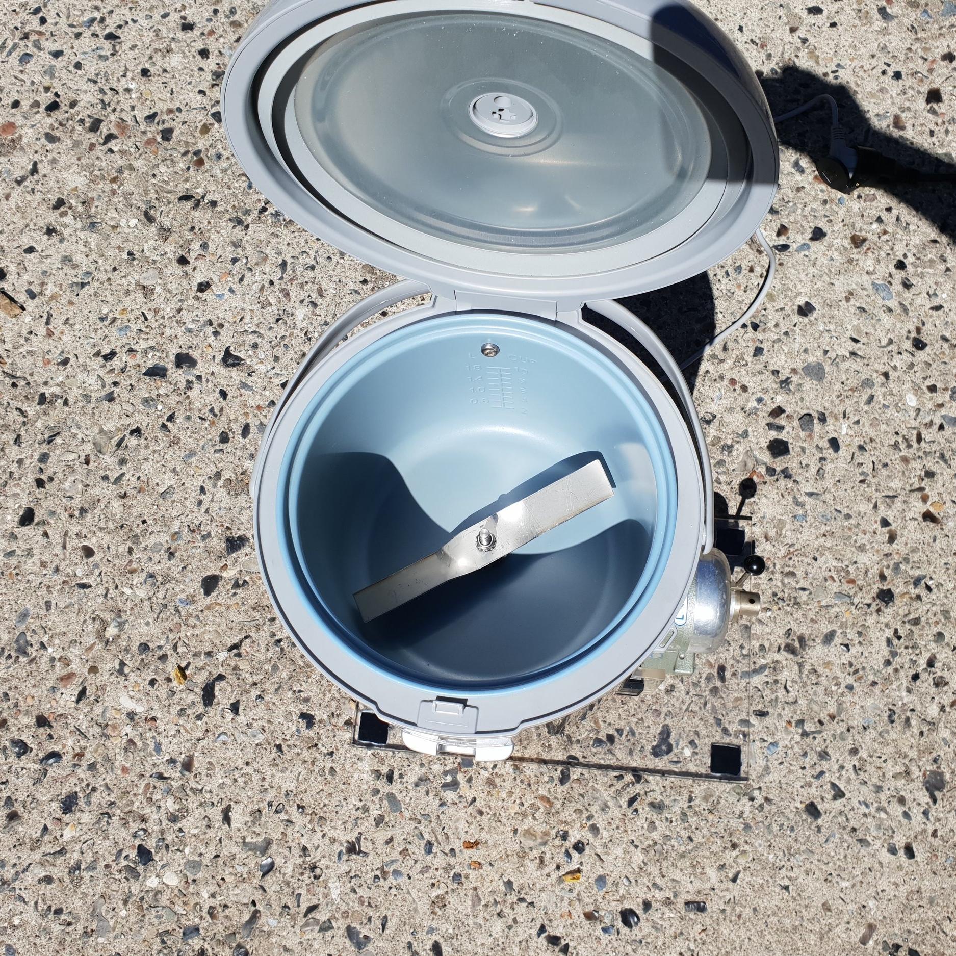 Adjustable tampureture and speed of stirring