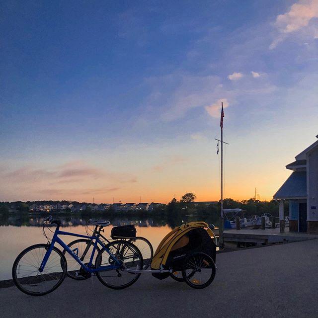 Biked 10-miles to dinner round trip. Worth it. 👊🏻