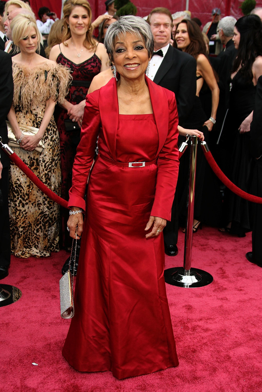 Dee-stunning-look-2008-Academy-Awards-1.jpg