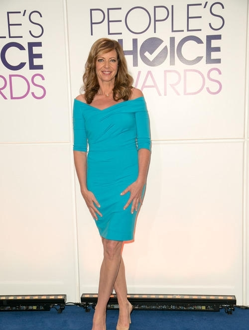 allison-janney-peoples-choice-awards-2015-nominations-press_4443578.jpg