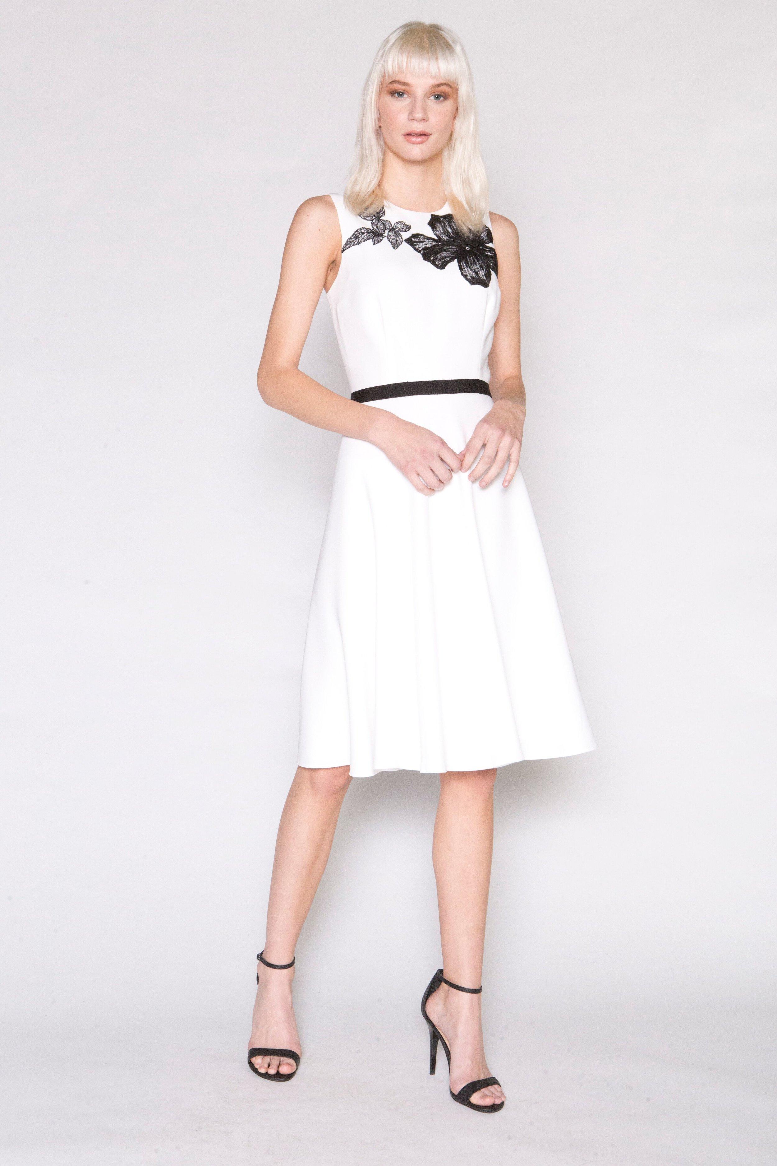 White crepe Dress w/Blk Applique
