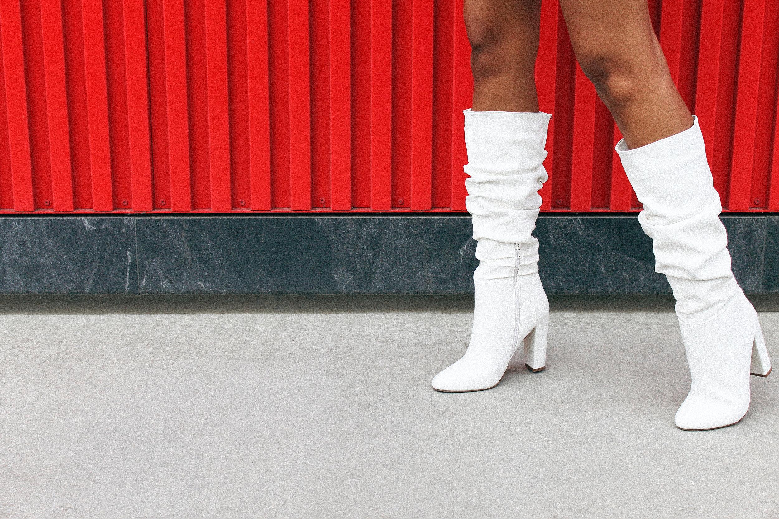 Dennaya-Famous-White-4.JPG