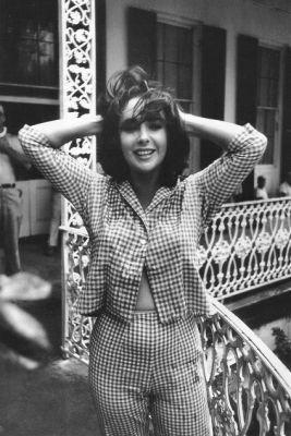 Ph: Elizabeth Taylor in 1951 Pinterest