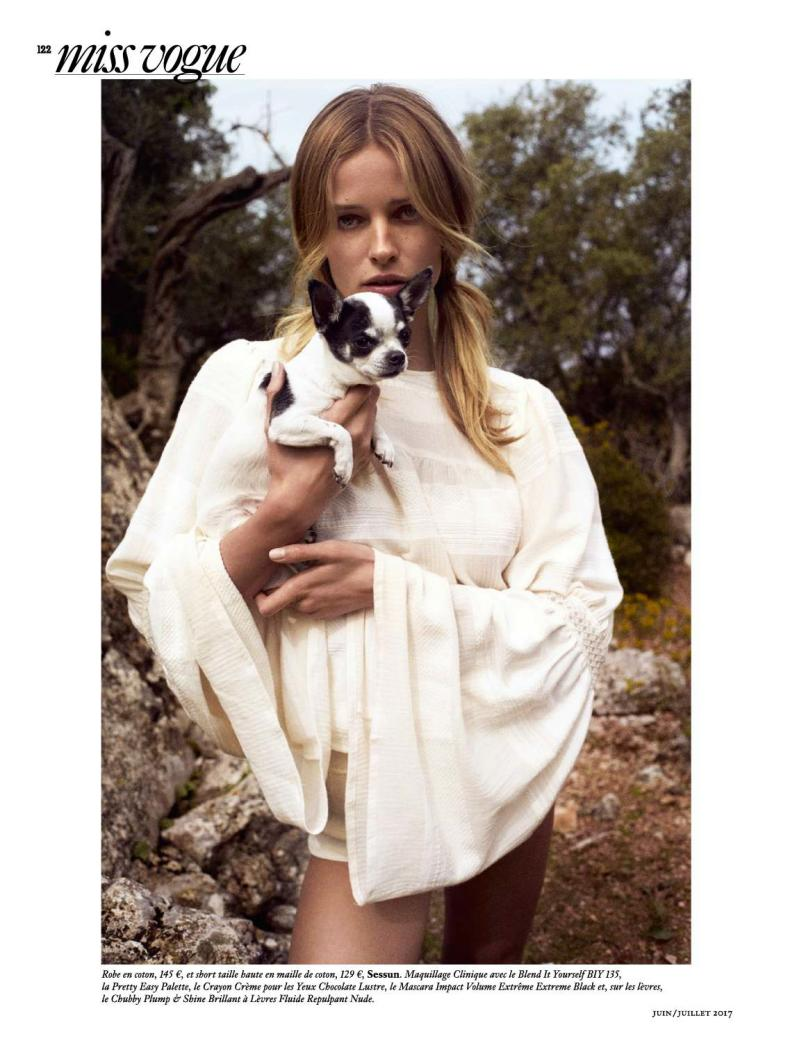 PH: Miss Vogue: Plage Blanche | Photographer: Cedric Buchet | Stylist: Geraldine Saglio | Model: Edita Vilkeviciute