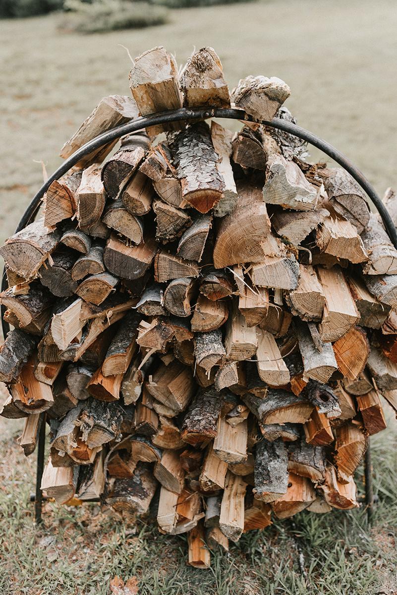 New Hampshire_Weekend Away Wedding Venue Rustic Logs