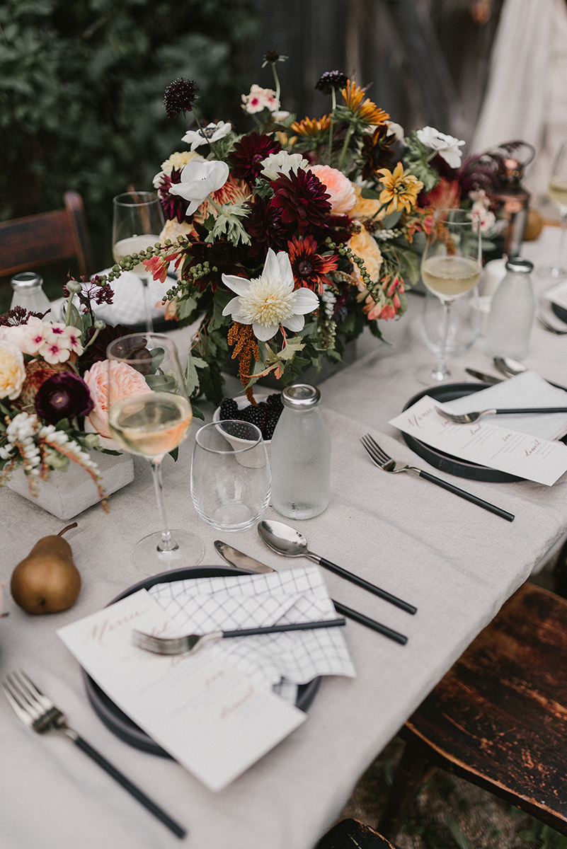 New Hampshire_Weekend Away Wedding Dinner Tablescape