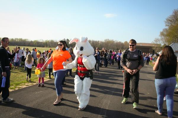 bunny-skydiving-1.jpg