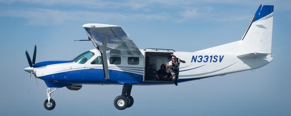 skydive-airplane-cross-keys (1).jpg