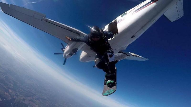 mikey-skysurfing