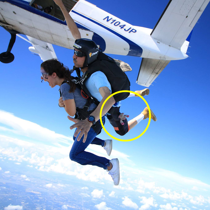 tandem-skydiving-with-a-toy