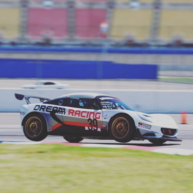 @stefanodaste doesn't believe he needs all four wheels on the ground to go fast. Probably gets it from his past motorcycle racing experience 😂 #lotus #lotuscup #lotuscupusa #lotuscupitalia #pbracing #onyokohamas #motul