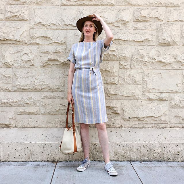 When I first saw this dress at @reliquarysf I totally thought it was Ace & Jig, but it's not! It's just a vintage wool blend sheath (no zipper) with a matching tie belt. But the silhouette and pattern are so very A&J so I'm calling it Fake & Jig. Can that be a thing?