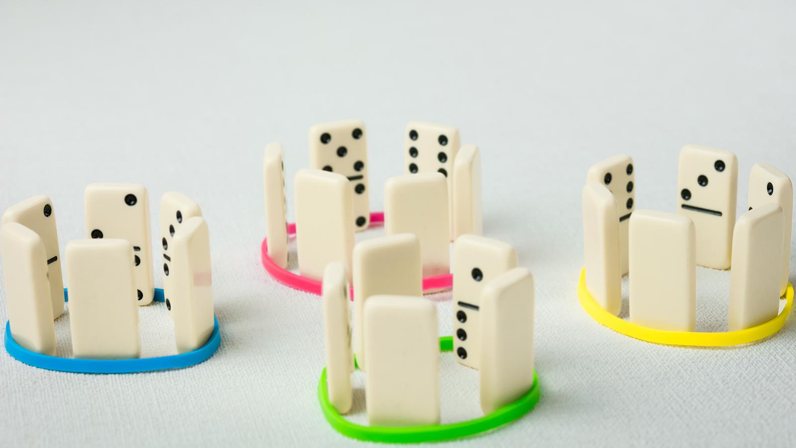 bakjac dominos.jpg
