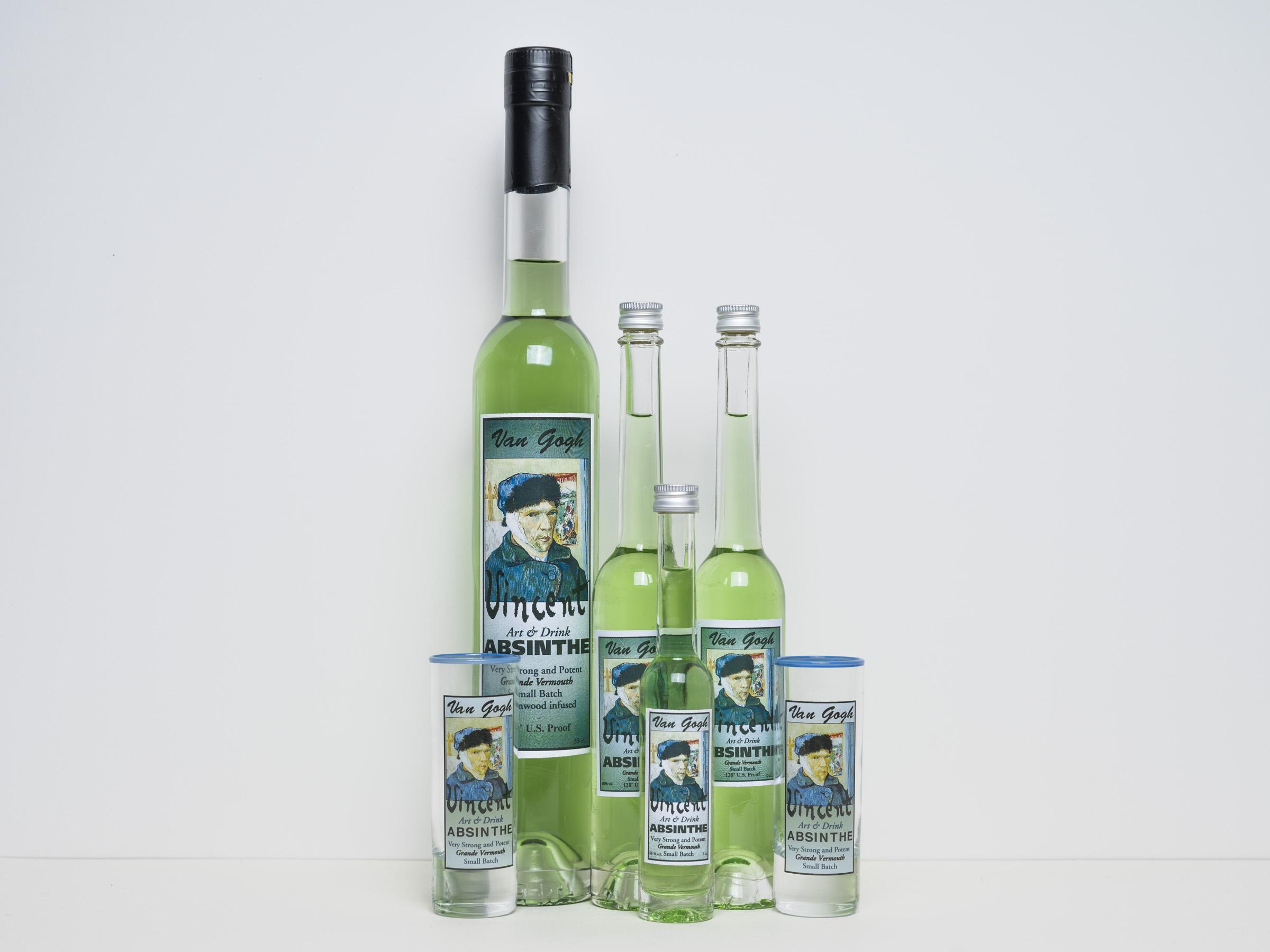 Van gogh absinthe  350ml.  60% vol. alc. en 10 mg. thujone  € 29,95 100ml.  60% vol. alc. en 10 mg. thujone  € 14,95 50ml.  60% vol. alc. en 10 mg. thujone  € 9,95